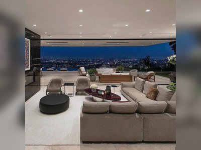 Would you like to live in this $31.5M Mansion in Hollywood?